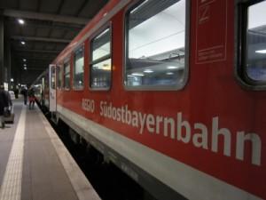 die Verhältnisse und die alten Züge der Mühldorfer Südostbayernbahn werden wieder einmal schön geredet...