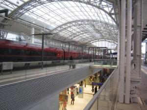 Groß umgebaut, vom Sack- zum Durchgangsbahnhof. Salzburg Hbf. Nur enden viele Züge der Südostbayernbahn nach wie vor in Freilassing, anstatt in der Mozartstadt
