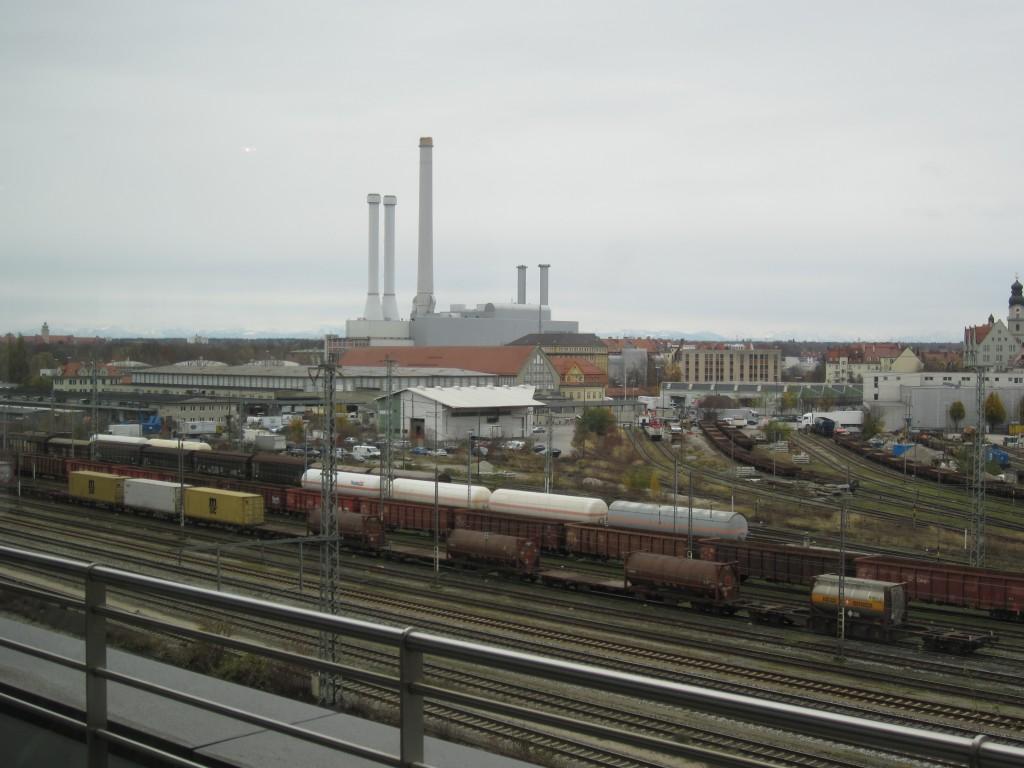 Ein Blick auf dem Kreisverwaltungsreferat (KVR) der Stadt München auf den ehemaligen Südbahnhof an der Poccistraße